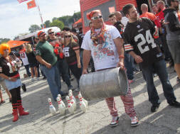 Keg Bowling in the Muni Lot - Browns Bunch