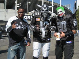 A pic with Raider Nation